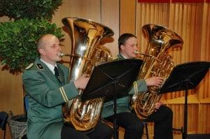 Christian Terhaar und Stefan Naber auf der Tuba